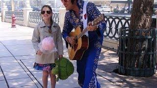 Amira Willighagen - Trip to Las Vegas - May 2014