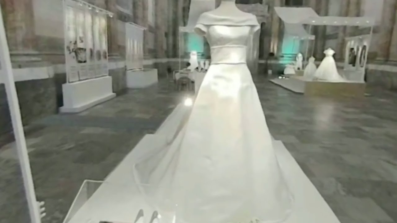 Royal Wedding Dresses Virtual Reality on Gear VR - YouTube