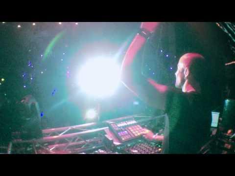 "Bass Kleph pad drumming ""Atom"" live on Maschine | Avalon, Hollywood"