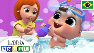 Um Banho de Espuma Muito Divertido! | Canção do Banho | Little Angel Português