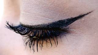 One of Sara Michelle's most viewed videos: Winged Eyeliner Tutorial Using Liquid Eyeliner