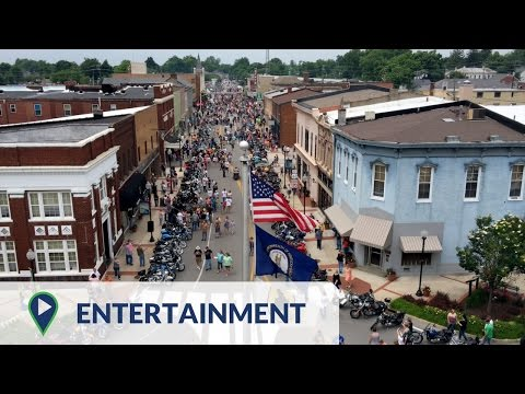 Life In Elizabethtown, Kentucky - Entertainment