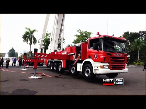 Pemkot Surabaya Sambut Mobil Pemadam kebakaran seharga 58 Miliar Rupiah  - NET. JATIM Mp3