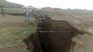 Video new crack in Kenya, new fault line in Naivasha, Kenya splits in two download MP3, 3GP, MP4, WEBM, AVI, FLV Oktober 2018