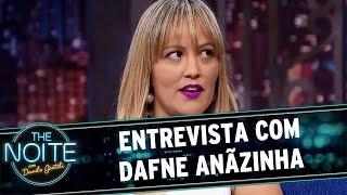 The Noite (30/03/16) - Entrevista com Dafne Anãzinha