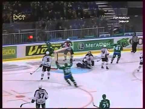 Russian Hockey League - AMAZING DANGLE!!!