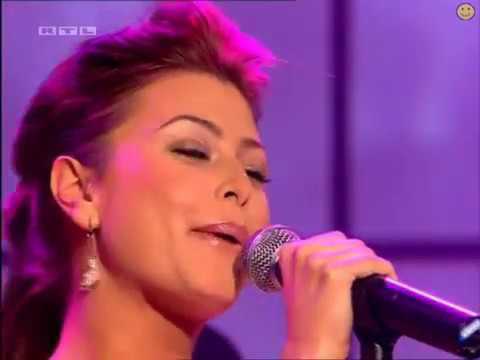 Holly Valance - TOTP   Naughty Girl 15 02 03