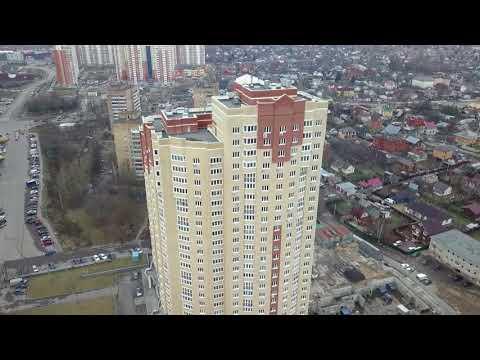 Новый дом с прудом на Баковке в Одинцово с высоты 120 метров