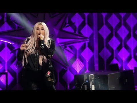 """Woman"" Kesha@Wells Fargo Center Philadelphia 12/6/17 Jingle Ball"