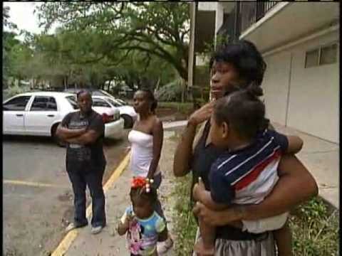 Algiers Apartment Complex Evicted