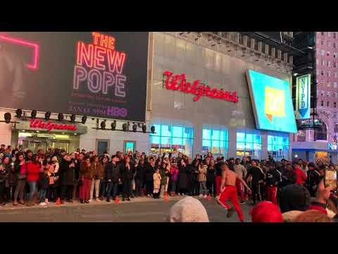 New York Time Square street performances 2020