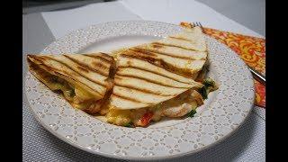 Кесадилья с курицей и сыром - вкуснейшее мексиканское блюдо