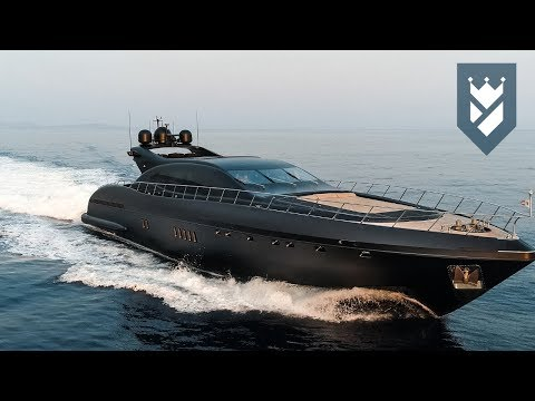 MANGUSTA 108 SUPERYACHT FOR SALE - WALK THROUGH VIDEO.