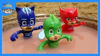 PJ MASKS toys into the water. The rescue mission begins!