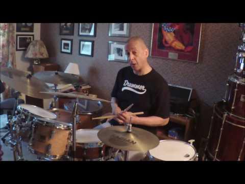 Jae Sinnett  - The Art Of Trading Four's & Eight's In Jazz Drumming