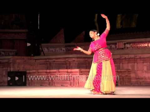 Kathak dance by Rachna Yadav and Group from Delhi: Khajuraho Dance Festival 2017