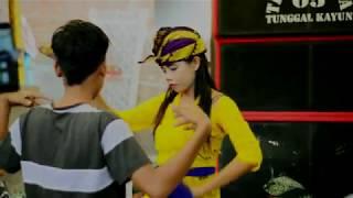 Bajang Surabaya Lepak Bergoyang Bersama TKTK 05