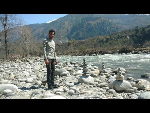 Beautiful creations by Kautuk Nilkar with stones on Beas River Bank (Manali , Himachal Pradesh)