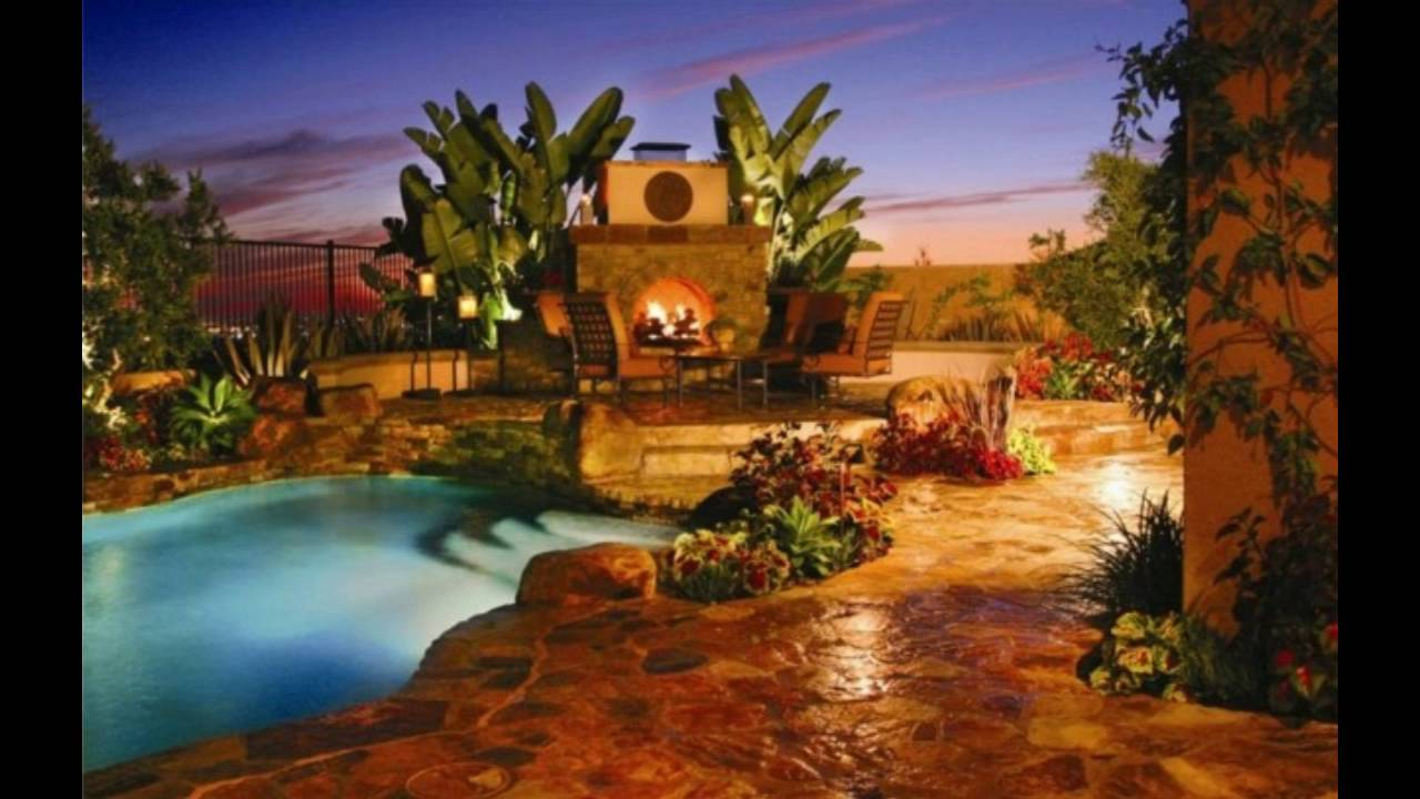 Decoraci n de jardines con piscina y chimenea youtube for Adornos de jardin