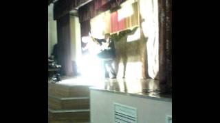 Карпова танцует
