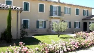 Hotel La Bastide d'Iris - Façade -  Vallon Pont d'Arc - Vagnas.MOV