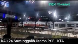 Kompilasi kedatangan kereta api malam di Stasiun Purwokerto