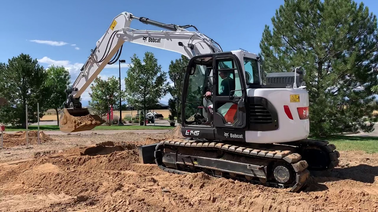 New E145 Is Bobcat S First 15 Ton Excavator Youtube