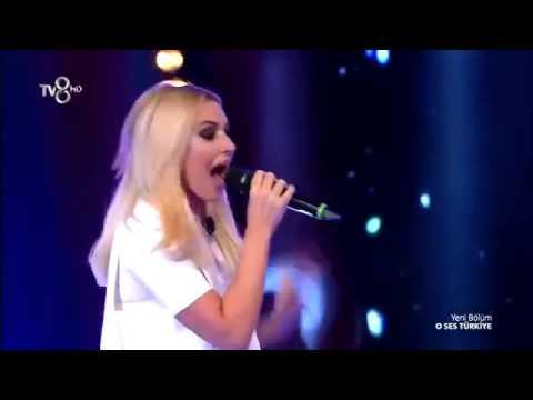 Hadise/Türkan Kürşad - Listen