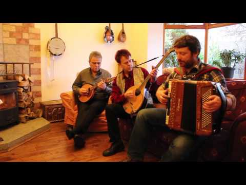 Iron Broo - Ceilidh Session - Hornpipes - Boys of Blue Hill - Harvest Home - Trumpet Hornpipe