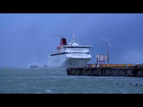 M/S Gotland går i hamn 27 nov 2016