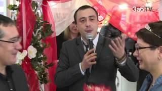 20 пар сыграли свадьбу в ТРЦ Макси