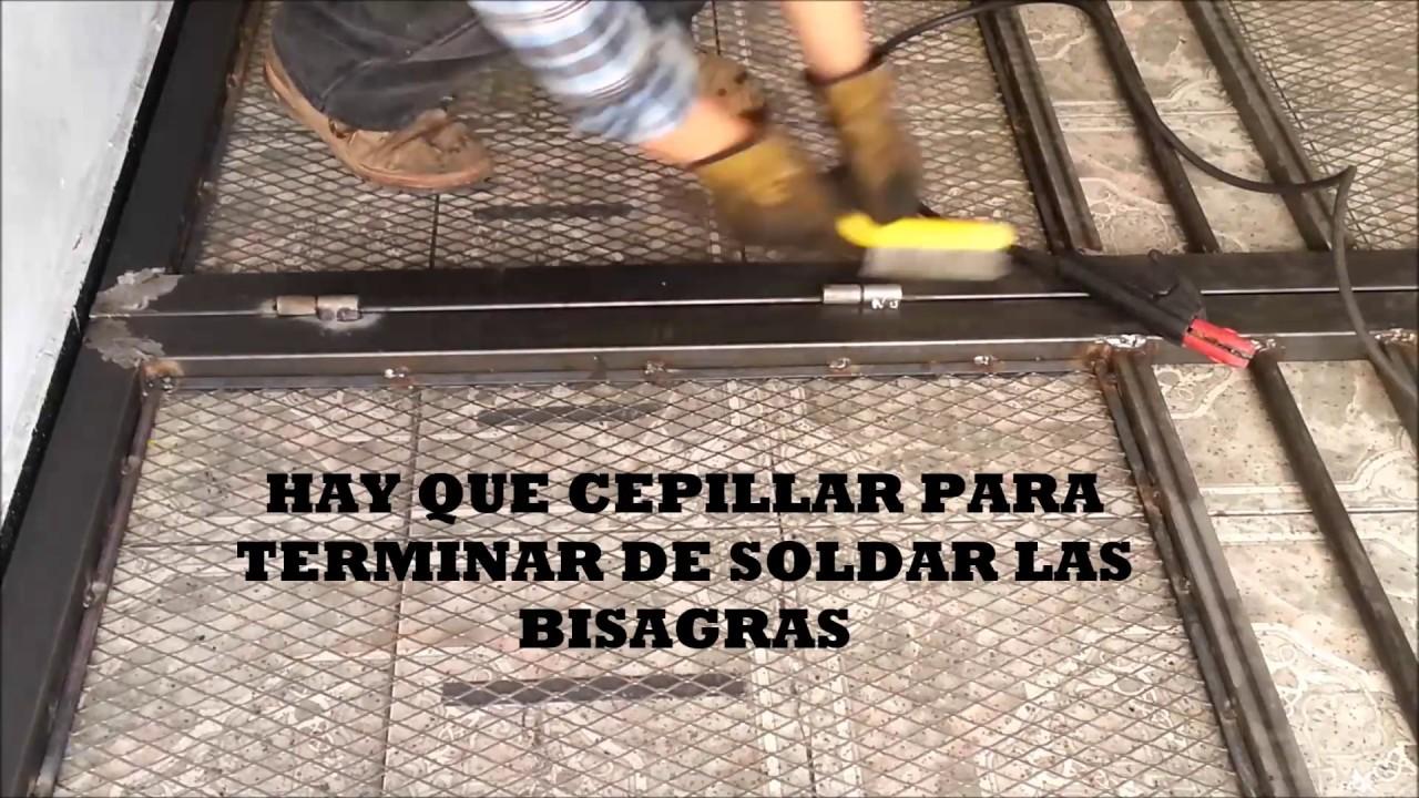 Soldando bisagras y cerrojos a un port n youtube - Tipos de bisagras para puertas ...