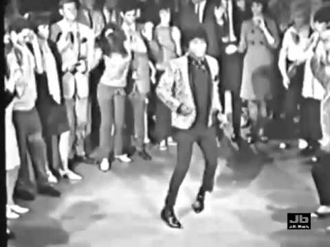 James Brown - I Got You (I Feel Good) (Hollywood A Go-Go)