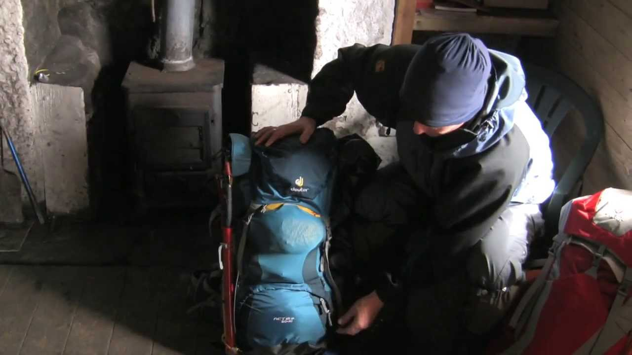 9fe714d1b8944 Deuter ACT Lite 50 + 10 Backpack Review by Trailblazer Outdoors - YouTube