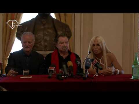 fashiontv | FTV.com - GIANNI VERSACE A TRIBUTE- PRESS CONFERENCE-  LA SCALA MILANO