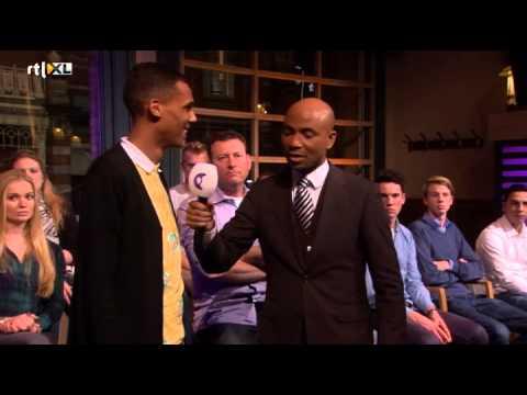 Download Een platinum award voor Stromae - RTL LATE NIGHT