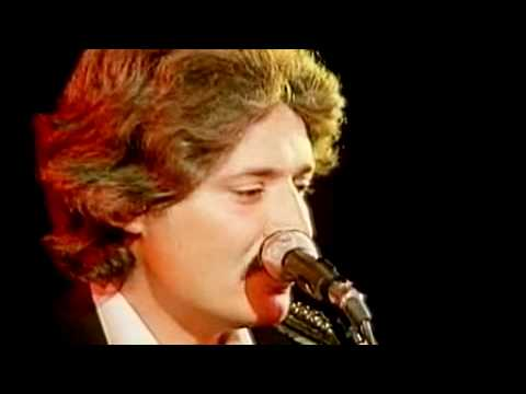 Peter Sarstedt-Where Do You Go To My Lovely (Live) - YouTube