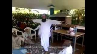 vuclip NEW - VIDEO OF MAULANA TARIQ JAMEEL DOING ZIKR & EXERCISE AND TEACHING OTHERS !