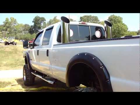 FORD F-250 SUPER DUTY 4X4 POWER STROKE TURBO DIESEL * JACKED * LIFTED * MUDDERS * MONSTER PIPES