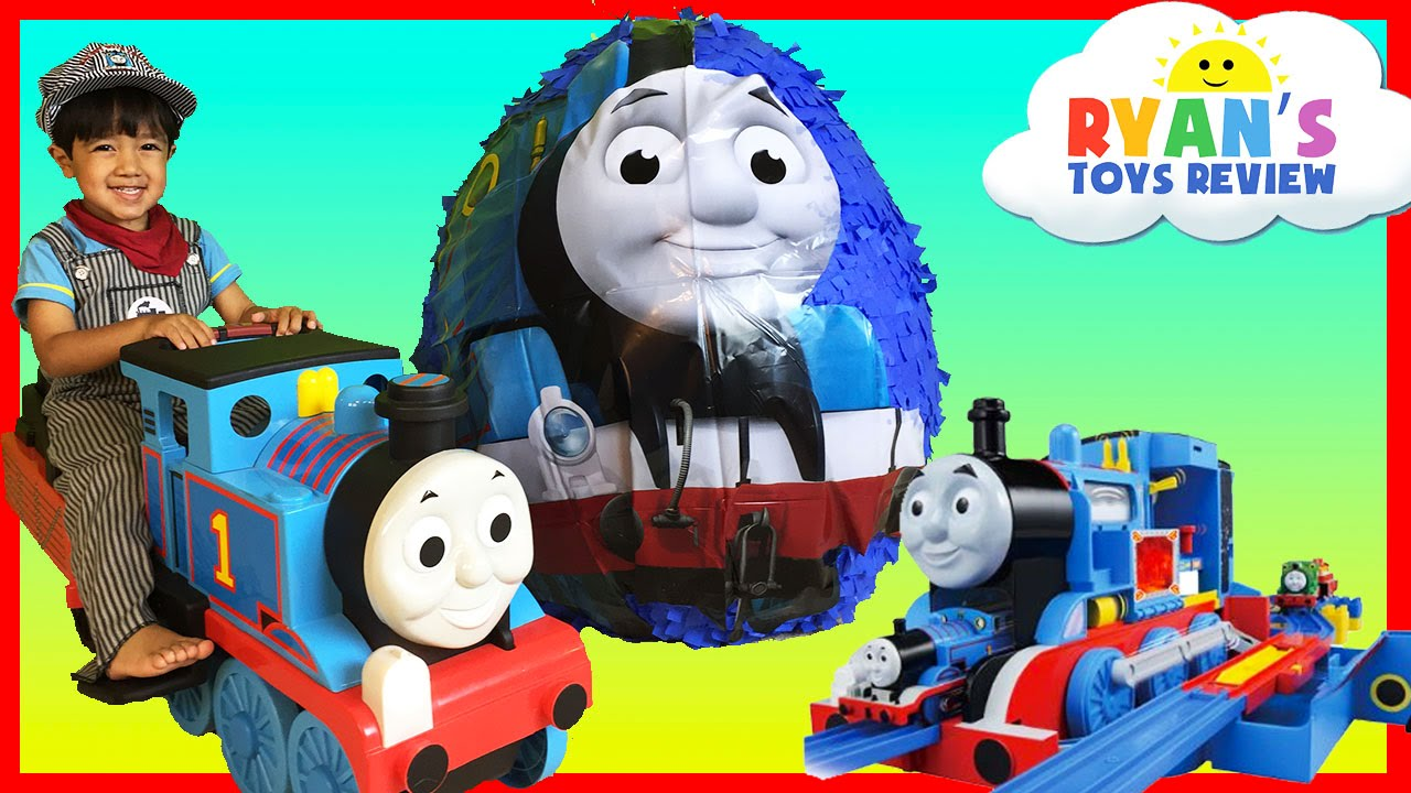 GIANT EGG SURPRISE OPENING Thomas and Friends Toy Trains ...