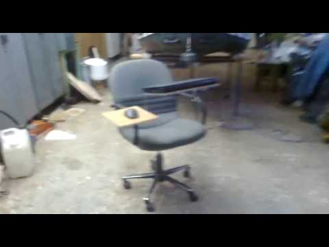 Кресло - стол для ноутбука