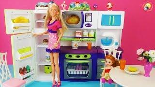 Игрушечная кухня для кукол Барби, Штеффи. Развивающее видео / Toy kitchen for dolls Barbie, Steffi(Игровой набор для девочек: