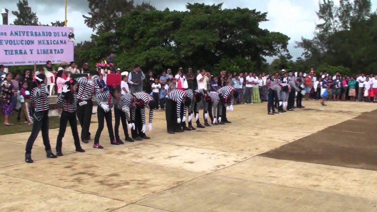 Desfile 20 novienbre en la magdalena soteapan ver youtube for Villas la magdalena 4