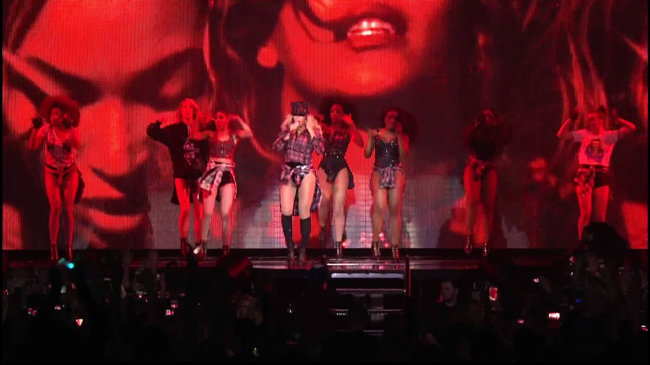 Beyonce - Flawless (Live) - A short clip of Beyonce performing the song Flawless at the Mrs. Carter Show World Tour, in Manchester, UK; on 25 February 2014.