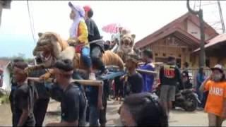 Video Lingkung Seni Reak Pusaka Mandhala feat Benjang Lugay Pusaka download MP3, 3GP, MP4, WEBM, AVI, FLV Juni 2018