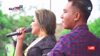 Cinta Diantara Kita - Gerry Ft Wiwik Sagita - New Pallapa Live Kudus 2018