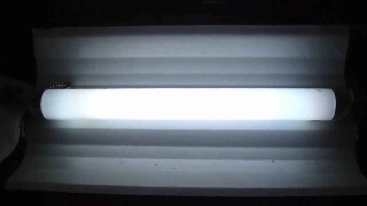 My new f14t12 14 watt preheat fluorescent light fixture and the trip my new f14t12 14 watt preheat fluorescent light fixture and the trip to lowes to buy a light bulb arubaitofo Choice Image