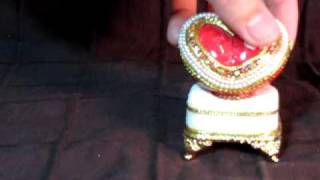 Faberge Style Heart Shaped Keepsake Music Box (fuchsia-red).mov