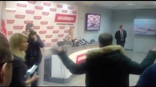 Скандал на пресс-конференции Тимошенко / Українські Новини(Пресс-конференцию лидера