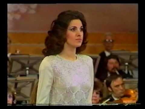 Angela Gheorghiu - Adriana Lecouvreur: Poveri fiori - Radio Hall Bucharest